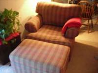 Nice and comfy chair w/ottoman. In very good condition.