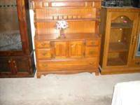Very nice cupboard in excellent condition. Only $239