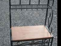 Moving Sale! Nice metal baker's rack in great