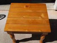Nice Knotty Pine End Table.