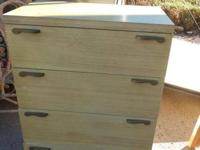 Blonde bedroom set in excellent shape. Includes vanity