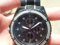 I HAVE A NICE MEN'S BULOVA WATCH THAT I 'M SELLING. IT