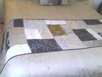 Queen comforter (down alternative) clean from