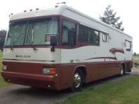 Nice & Spacious 1998 Country Coach Cascadia Allure