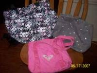 cute good condition tote bags, roxy  Location: tulare