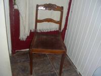 For Sale: Nice Vintage Sitting Chair,in excellent
