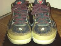 I have a pair of kobe 8 pythons for sale in a size 10.