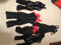 8 Nike quick fits; 2 still with tags, all the rest only