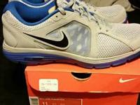 New Men's Nike Dual Fusion Run Size 11 shoes. They look