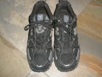 Nike All terrain shoes Men's Nike 473 Size: 13 D //