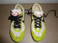 GREAT CONDITION  SPIKES SHARP IN GOOD CONDITION  LIME