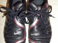 Gently Used Nike Total 90 Shift Youth Soccer Shoes.