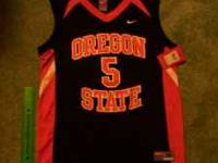 Nike Beavers Jersey - Medium - New with Tags. I put a