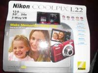 nikon camera never opened 12.0 mega pixels...3.0""