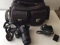 Selling my Nikon D40, it is in impeccable condition.