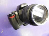 Selling a Nikon D40 6.1mp Digital SLR Camera has a fast
