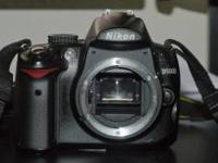 I am selling my Nikon D5000 DSLR. It comes with