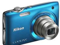 Nikon Coolpix S3100 14mp Camera with 5x NIKKOR