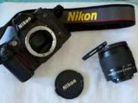 Excellent condition Nikon N80 35mm camera kit, which