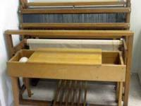 "36"" 4 Harness Loom with Bench. Contact:  Location:"