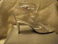 This pair of Nine West heels have been GENTLY worn.