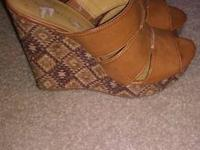 Nine West Wedges New asking $10 size 8   show contact