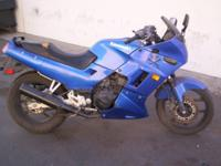 NICE RUNNING 2006 NINJA 250. HAS TITLE. NO TIME AT ALL