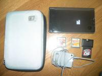 Nintendo DS i XL w/ 3 Games & Charger   action replay