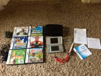 Nintendo DS lite  *In great condition   It comes with: