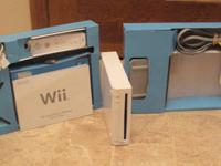 Wii System with power cable and sensor Original box