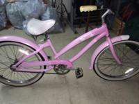 Hello kitty nirve beach cruiser, color pink, rides
