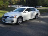 This 2013 Nissan Altima 2.5 S is offered to you for