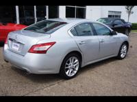 Our 2011 Maxima 3.5S is stunning and curvaceous. From