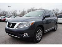 This 2013 Pathfinder SL might be the one for you! This
