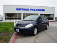 FUEL EFFICIENT 32 MPG Hwy/24 MPG City!, $1,200 below