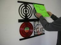 NO MORE SCRATCHES with RecordWall-it Vinyl Frame NEVER