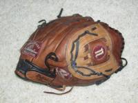 Nokona right handed baseball glove. Its a little broke