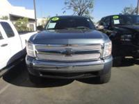 2005 Chevrolet Silverado 1500 This is a beautiful GOLD