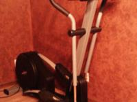 This elliptical has fully adjustable programming with