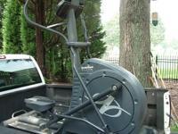 Selling my NordicTrack Elite 1300 elliptical exerciser.