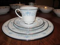Noritake China-Blue Hill Excellent condition  13 full-5