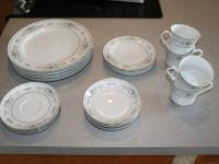 33 pieces ( set of 5 each dinner plates, salad plates,