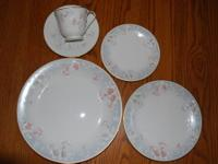 Gorgeous 40 piece set of Noritake Ivory China Pattern