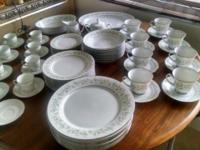 Beautiful Noritake Savannah multicolor floral pattern