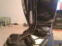 O'Neal Elements dirtbike racing boots. Gently used but