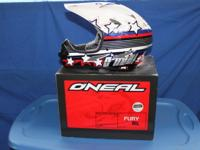 Helmet is in great condition, box included! O'Neal Fury