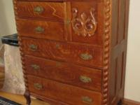 Oak chest ca. 1915? Good condition with couple minor