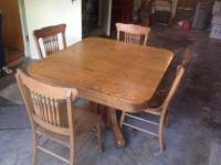 Type:Dining RoomType:SetsLovely old oak table with four