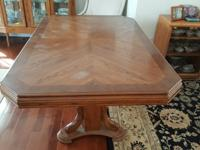 For sale a very nice oak dining room tables, no chairs