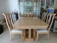 Stunning Oak Dining Set and Lighted China Cabinet. Has